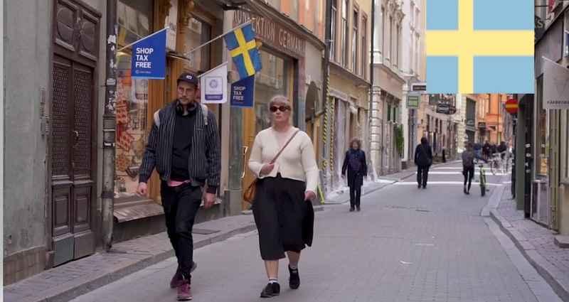 عدد سكان السويد