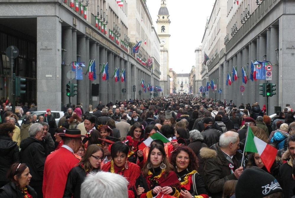 عدد سكان ايطاليا