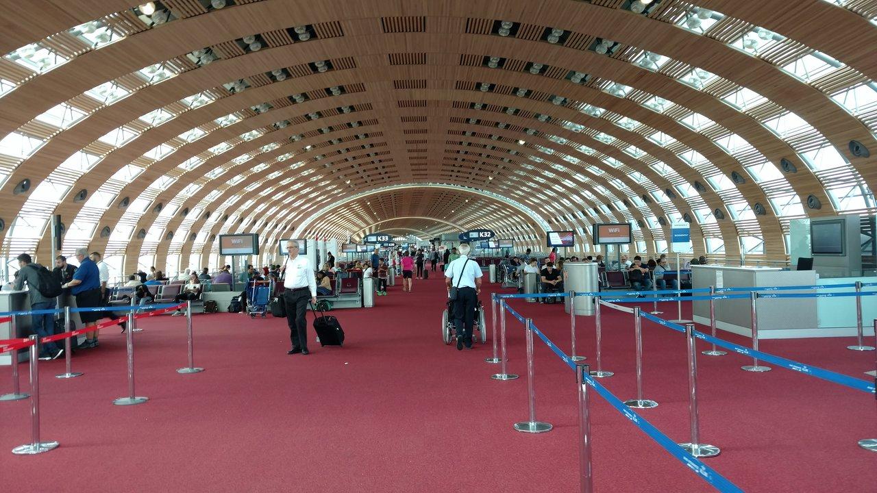 كود مطار فرنسا