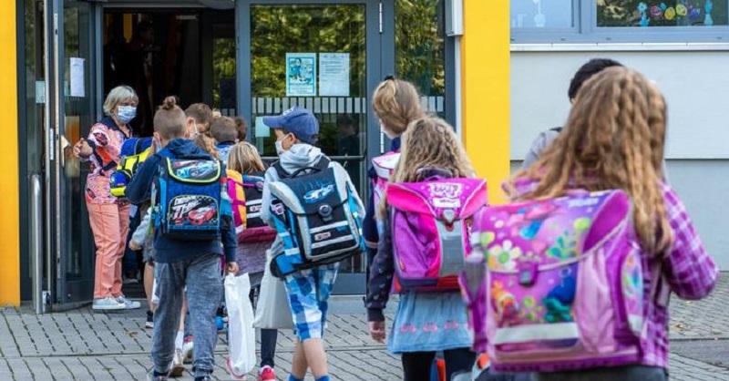 أيام العطل المدرسية في ألمانيا 2021