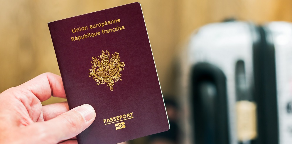 الحصول على الجواز الفرنسي