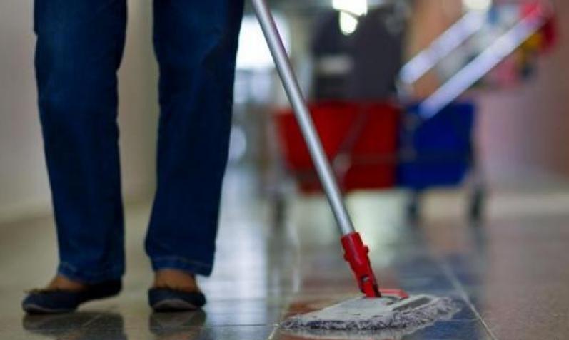 راتب عامل النظافة في السويد