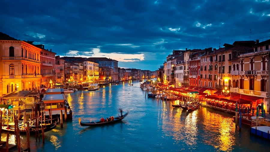 فينيسيا مدينة العشاق