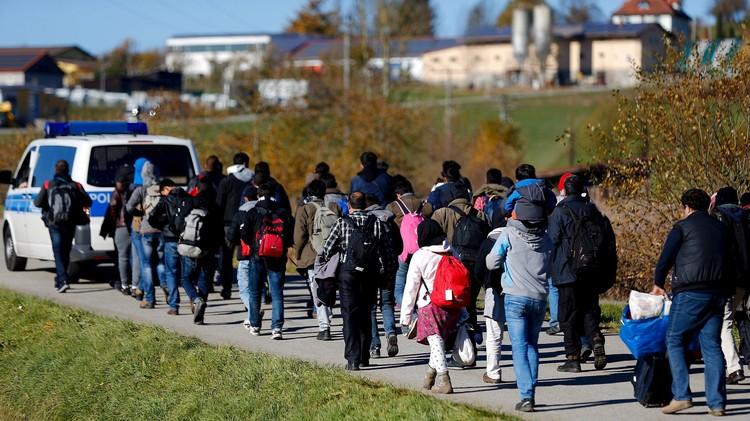 السويد والمهاجرين